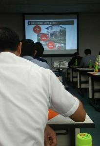 東海地方の多くの工務店が参加してました。